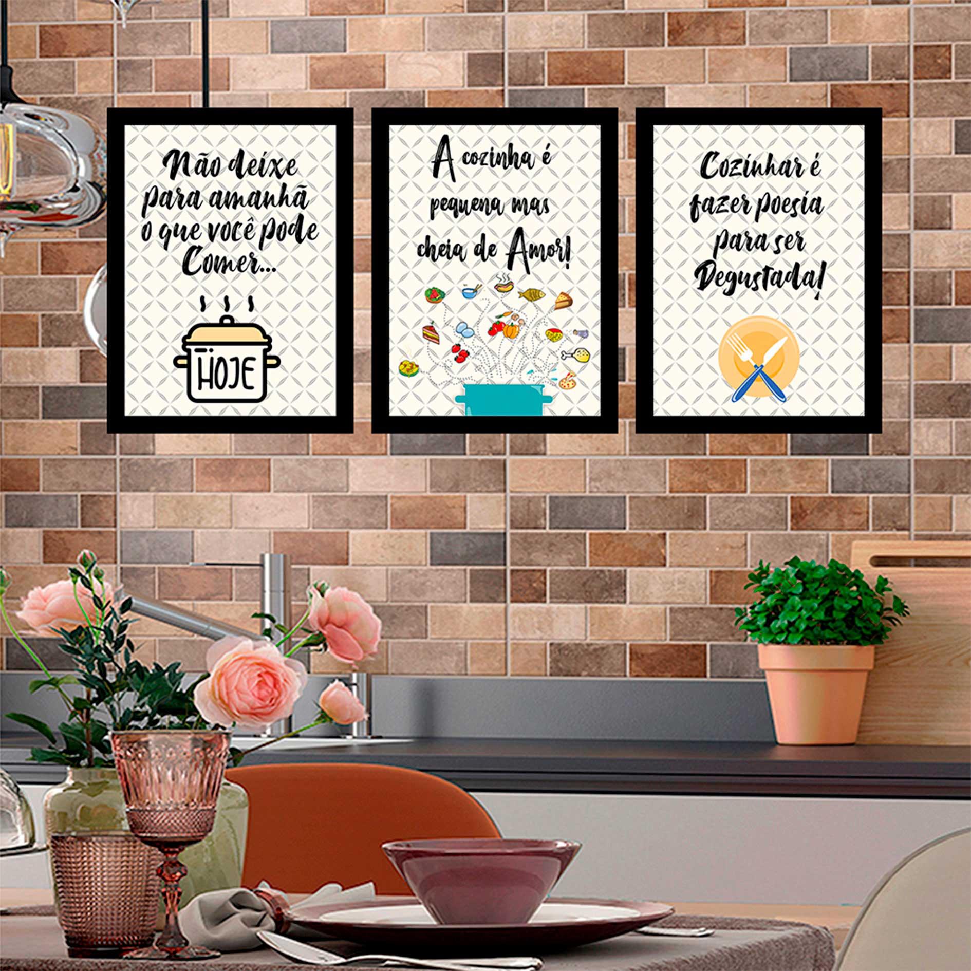 Kit 3 Quadros Decorativos A Cozinha É Pequena Com Moldura