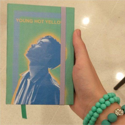 Sik-K - Young Hot Yellow  - Lojinha Só Dasoh