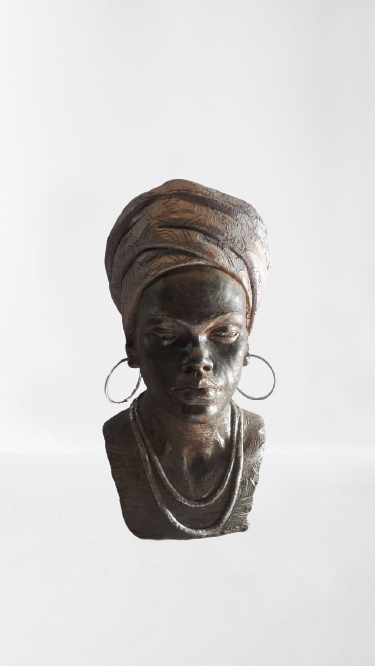 Busto De Poliresina Plastica, Em Formato Feminino 26 H649