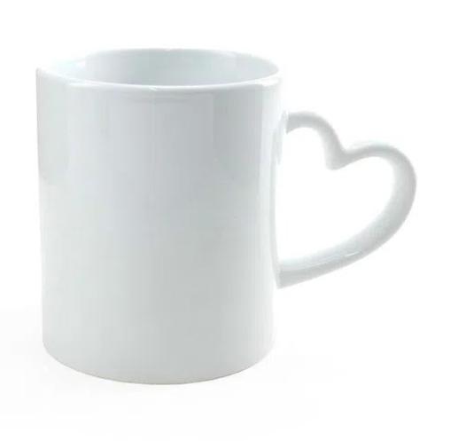 Caneca de Porcelana com Alça de Coração Branca para Sublimação 325 ml