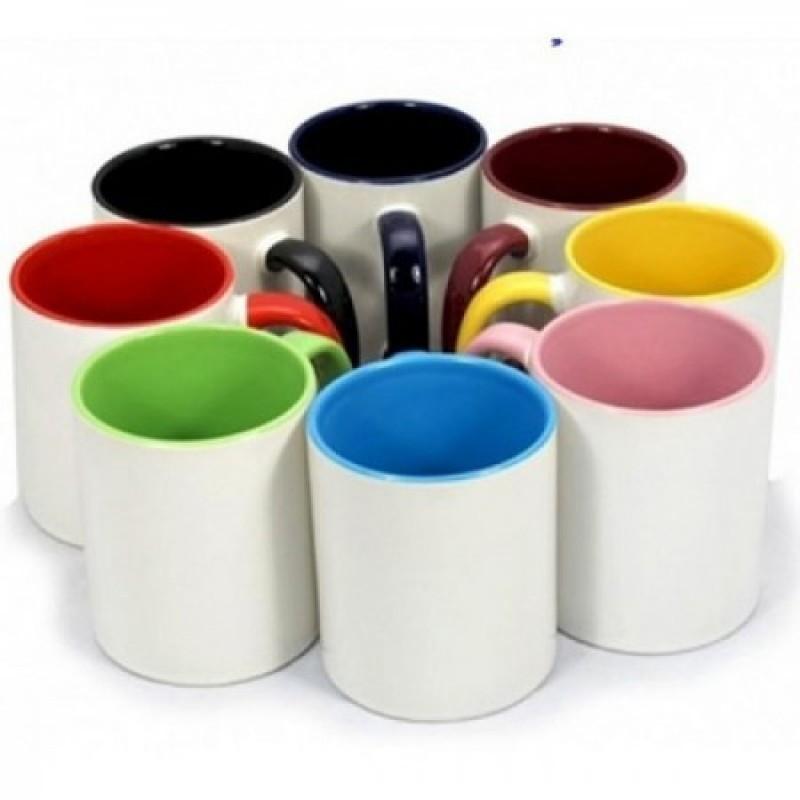 Caneca de Porcelana com interior e alça colorida Preta Sublimação 325 ml