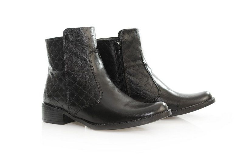 Bota Vegano Shoes Amoreira Preta