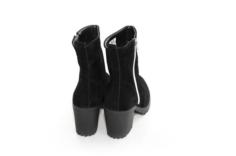 Bota Vegano Shoes Clúsia Preta