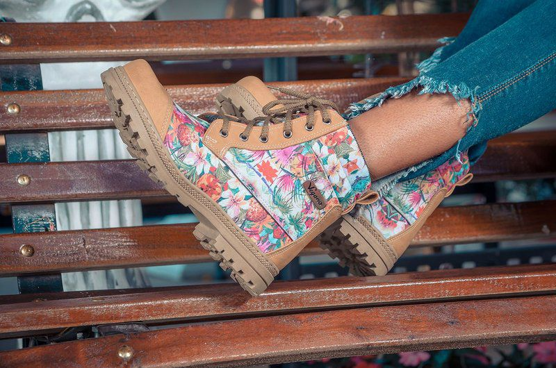 Bota Vegano Shoes Naturale Floral Mostarda