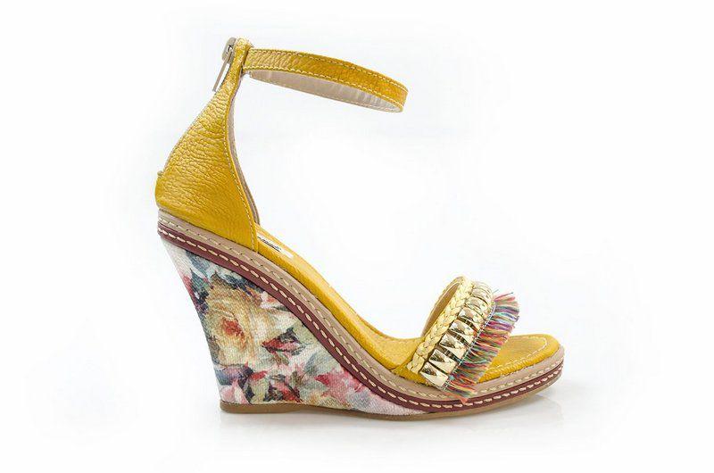 Sandália Vegano Shoes Brovália Amarela