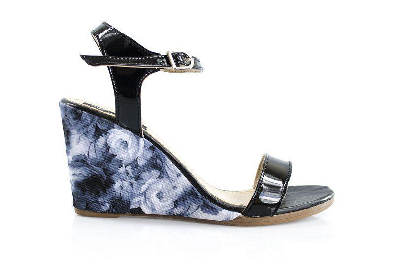 Sandália Vegano Shoes Guanandi Preta/Floral