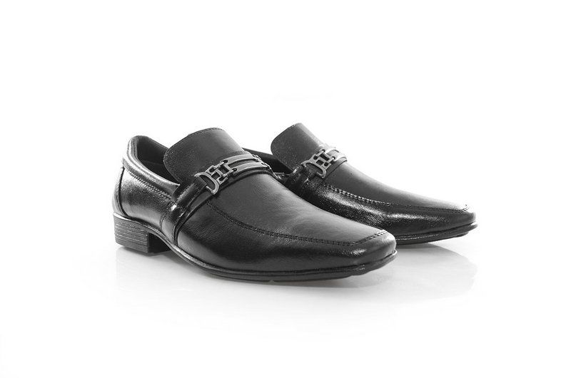 Sapato Vegano Shoes Beri Preto (com metal)