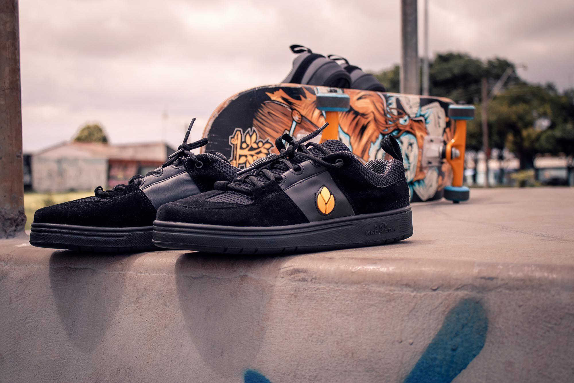 Tênis Vegano Shoes SK8 Kebrada - Preto com Amarelo