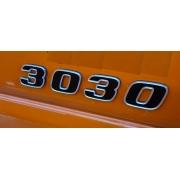 EMBLEMA ATEGO  3030 EM ACRILICO BLACK PIANO (PAR )