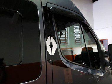 Aplique/Acabamento em Acrílico CHARADA Coluna Renault Master (Conjunto)