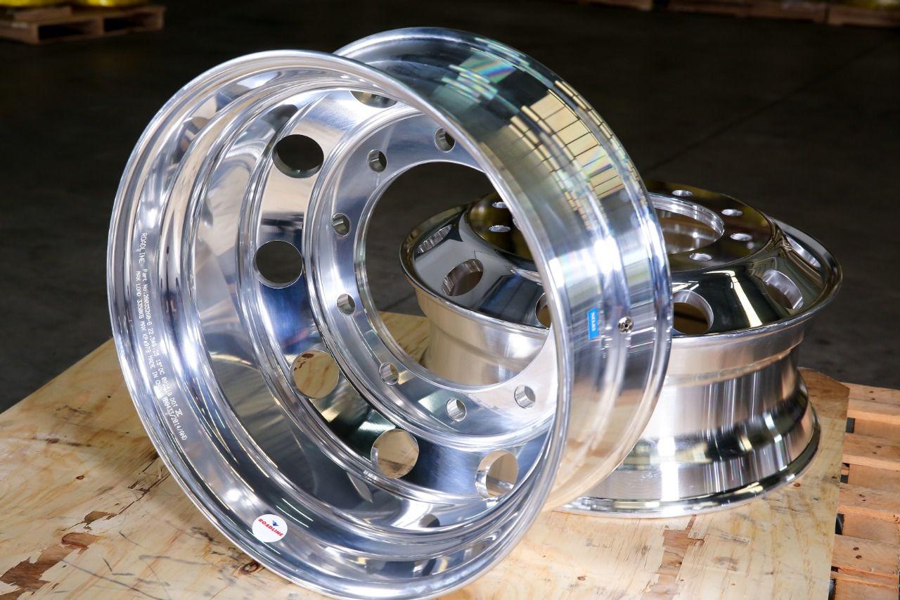 Roda de alumínio Roadline aro 22,5 x 8,25 Polimento INTERNO