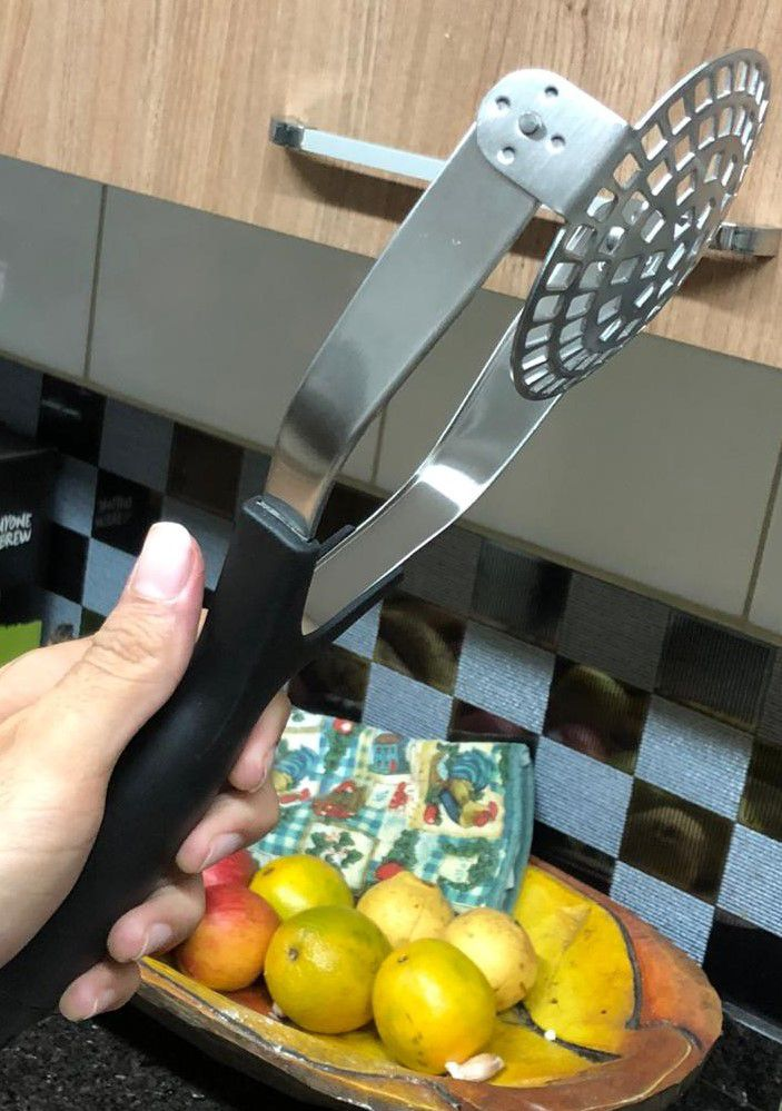 Amassador de batatas em Aço inox preto espremedor de batata purê 29 x 9,5 cm