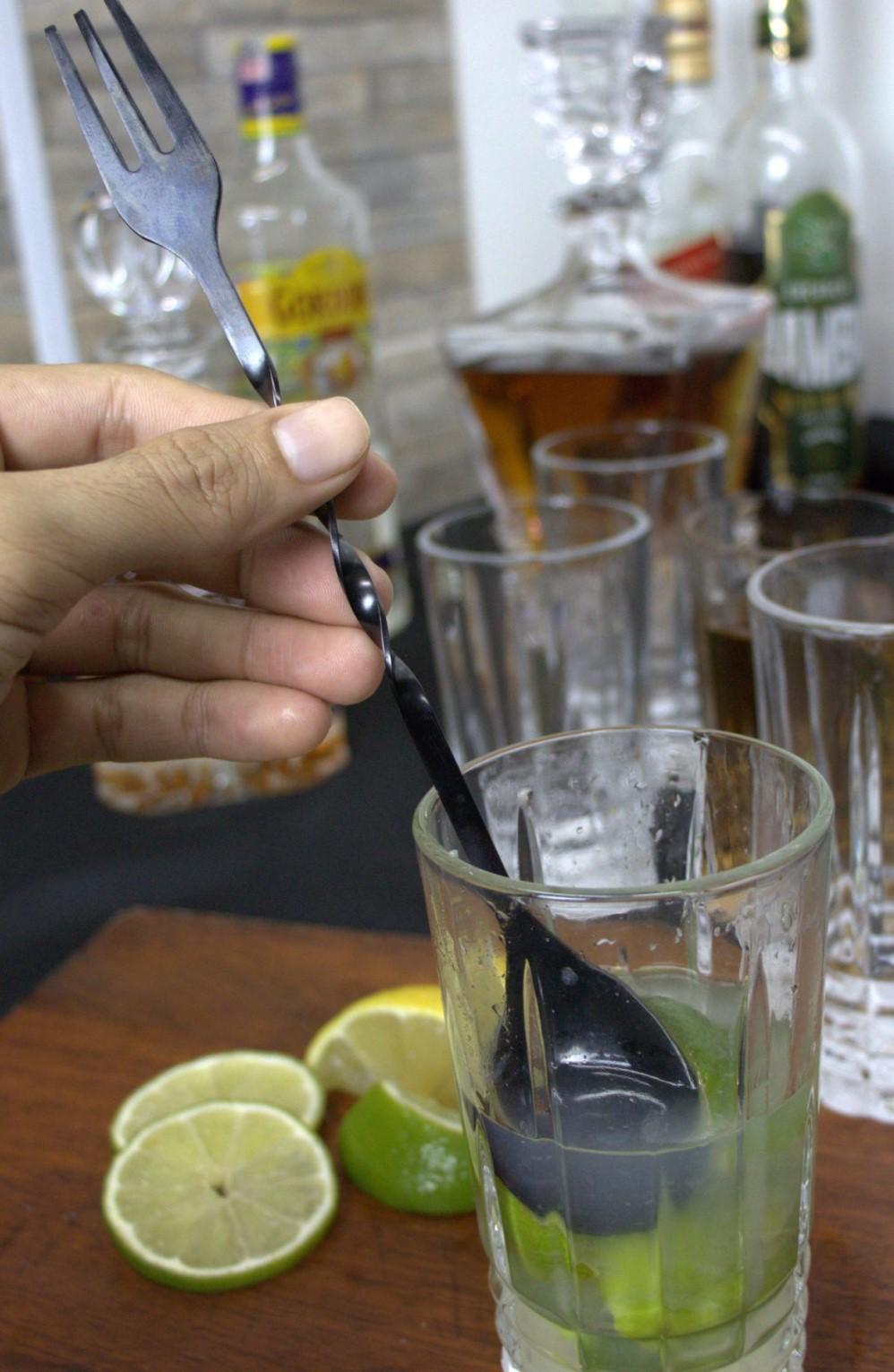Colher bailarina com garfo barman drinks mexer coquetel de aço inox preto 23Cm