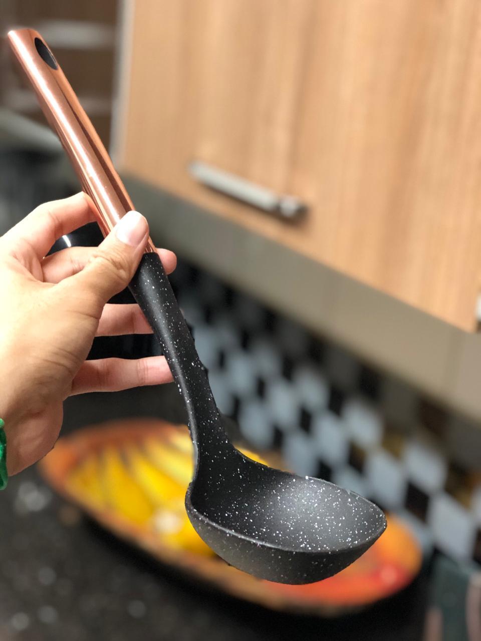 Concha de feijão em aço inox e pp preto rose 32 cm utensílio de cozinha