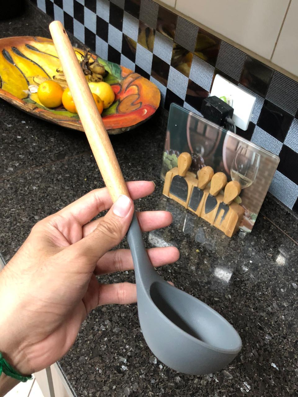 Concha de feijão em madeira silicone cinza 31cm livre de bpa