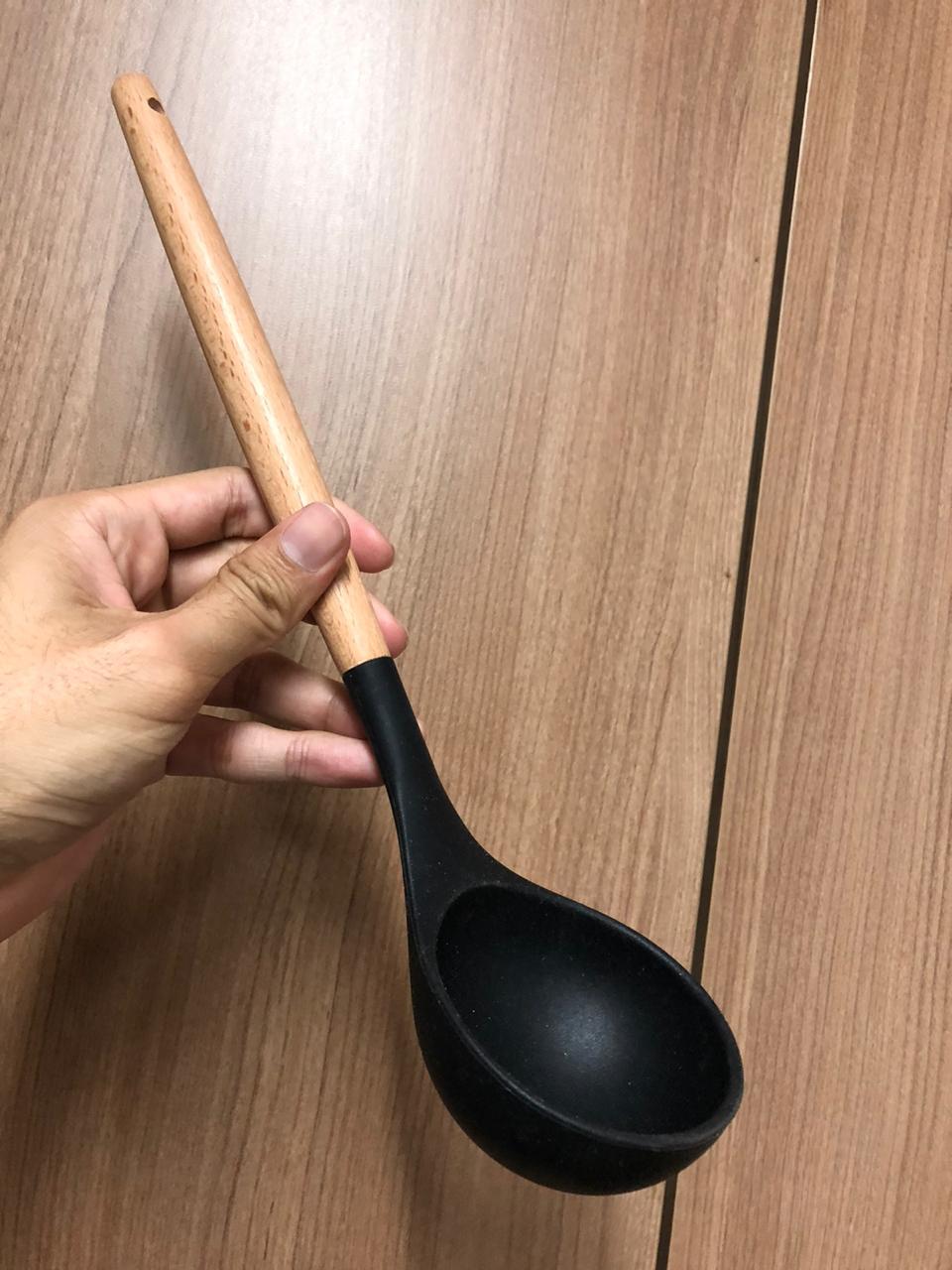 Concha de feijão em madeira silicone preto 31cm livre de bpa