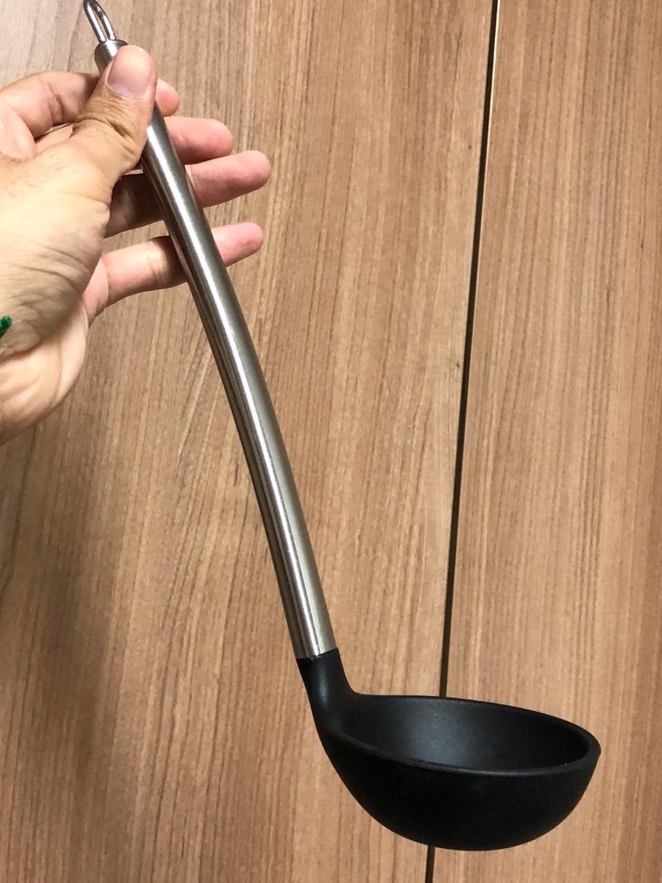 Concha de feijão para cozinha em silicone e aço inox preto 30cm