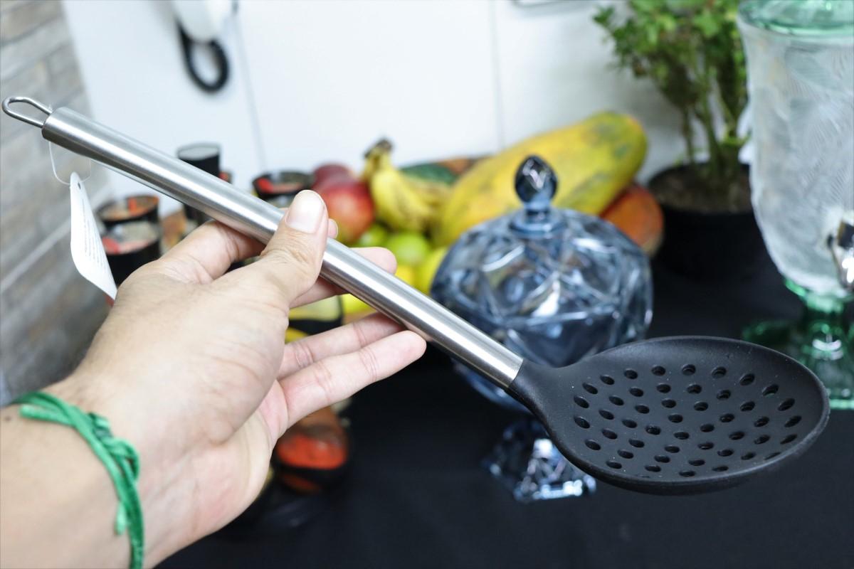 Escumadeira de silicone espumadeira para frituras pastel vazada inox utensílios de cozinha preta