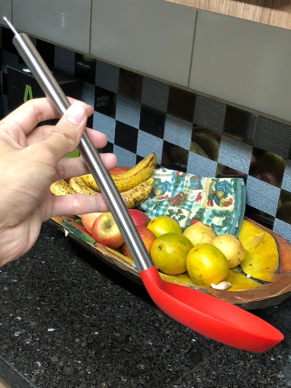 Escumadeira para frituras silicone e aço inox 35cm uni