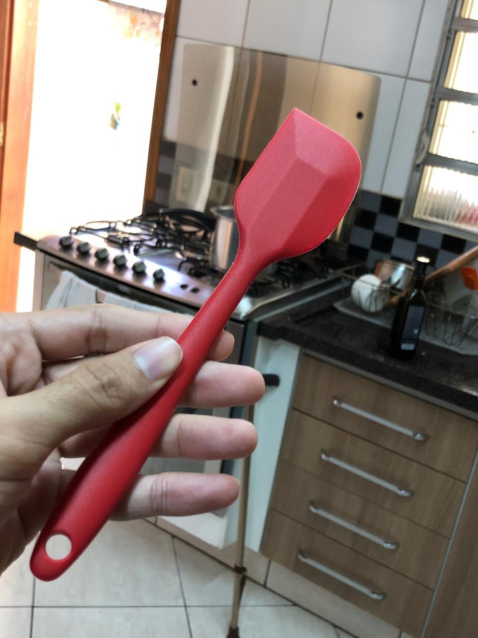 Espatula pão duro fechada raspadora de silicone 20cm vermelha uni