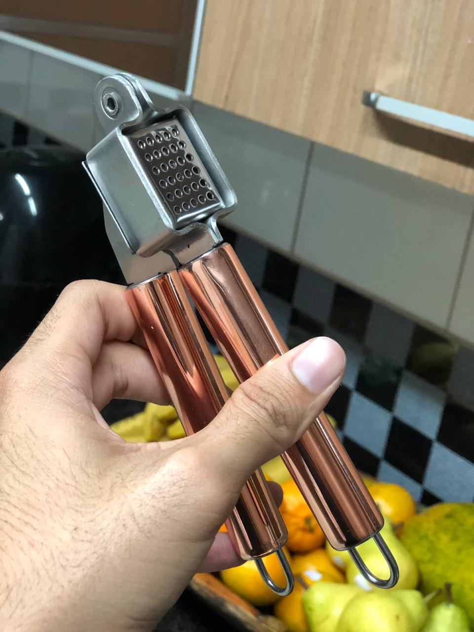 Espremedor de alho aço inox rose cobre 18cm amassador de alho