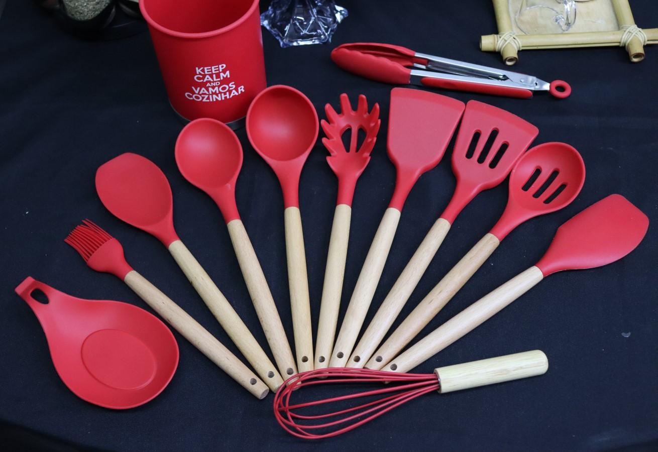 kit Utensílios de silicone cozinha vermelho com suporte 13peças madeira colher concha espatula livre de bpa