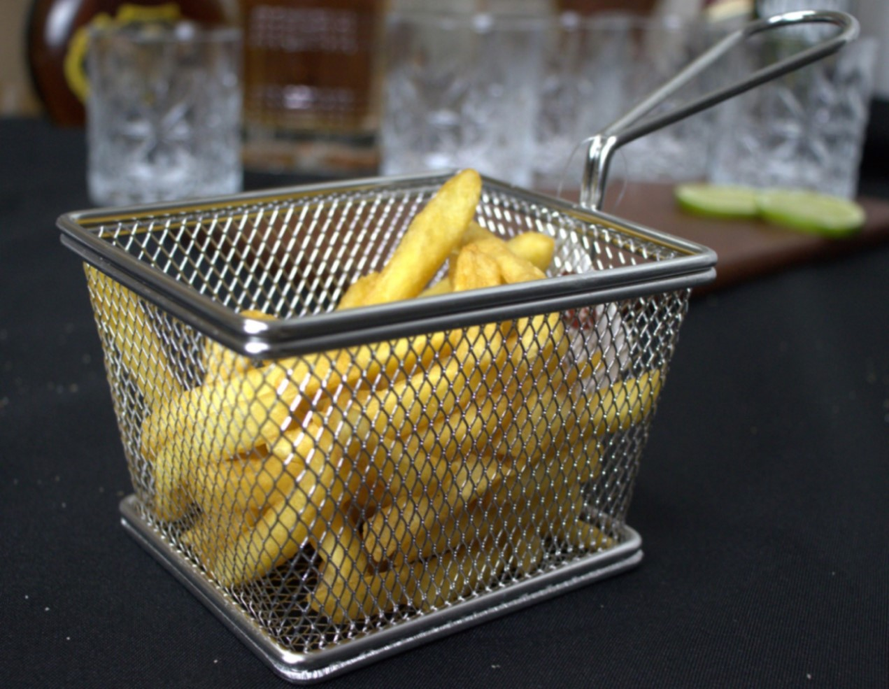 mini cesto de fritura para servir porções batatas pestiscos com cabo 2unidades 13x9cm