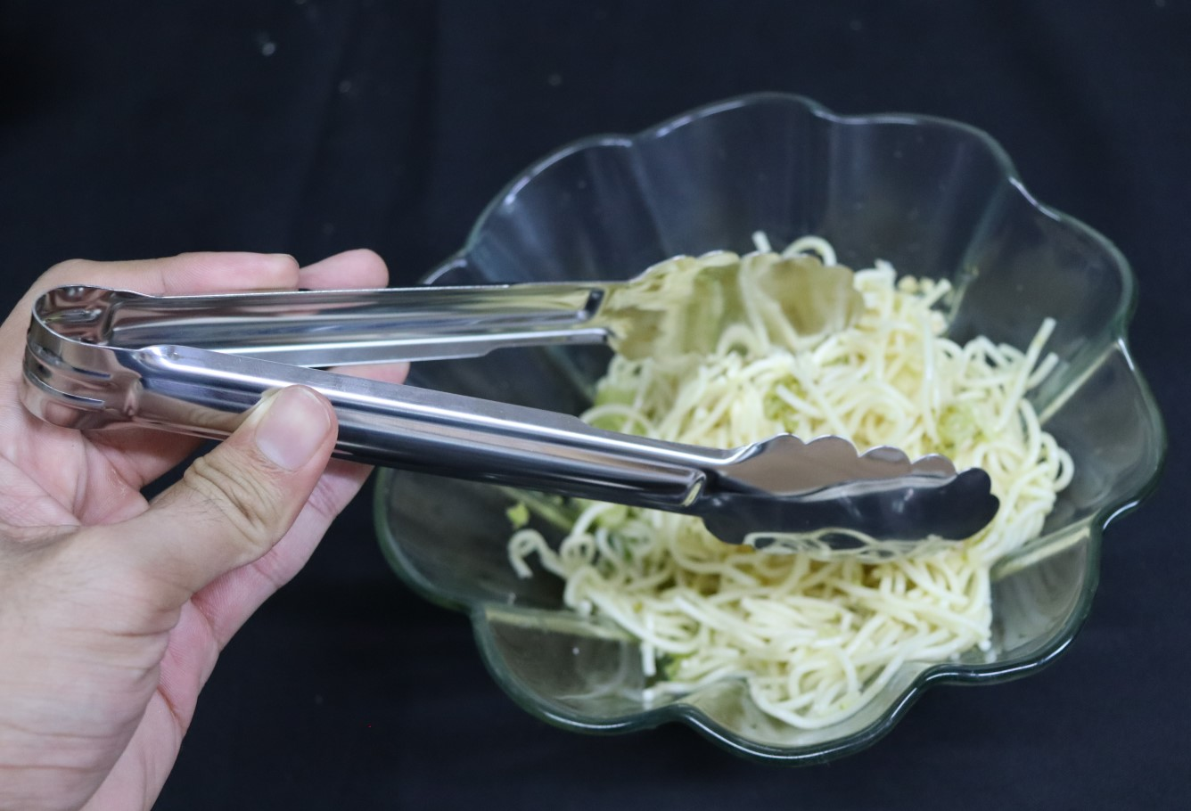 Pegador churrasco macarrão massas carne salada cozinha pinça culinaria 23cm aço inox