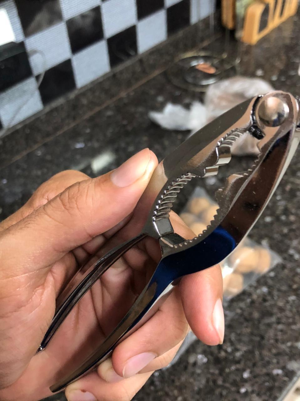 Quebra Nozes Alicate metal 15cm abridor de castanhas sementes
