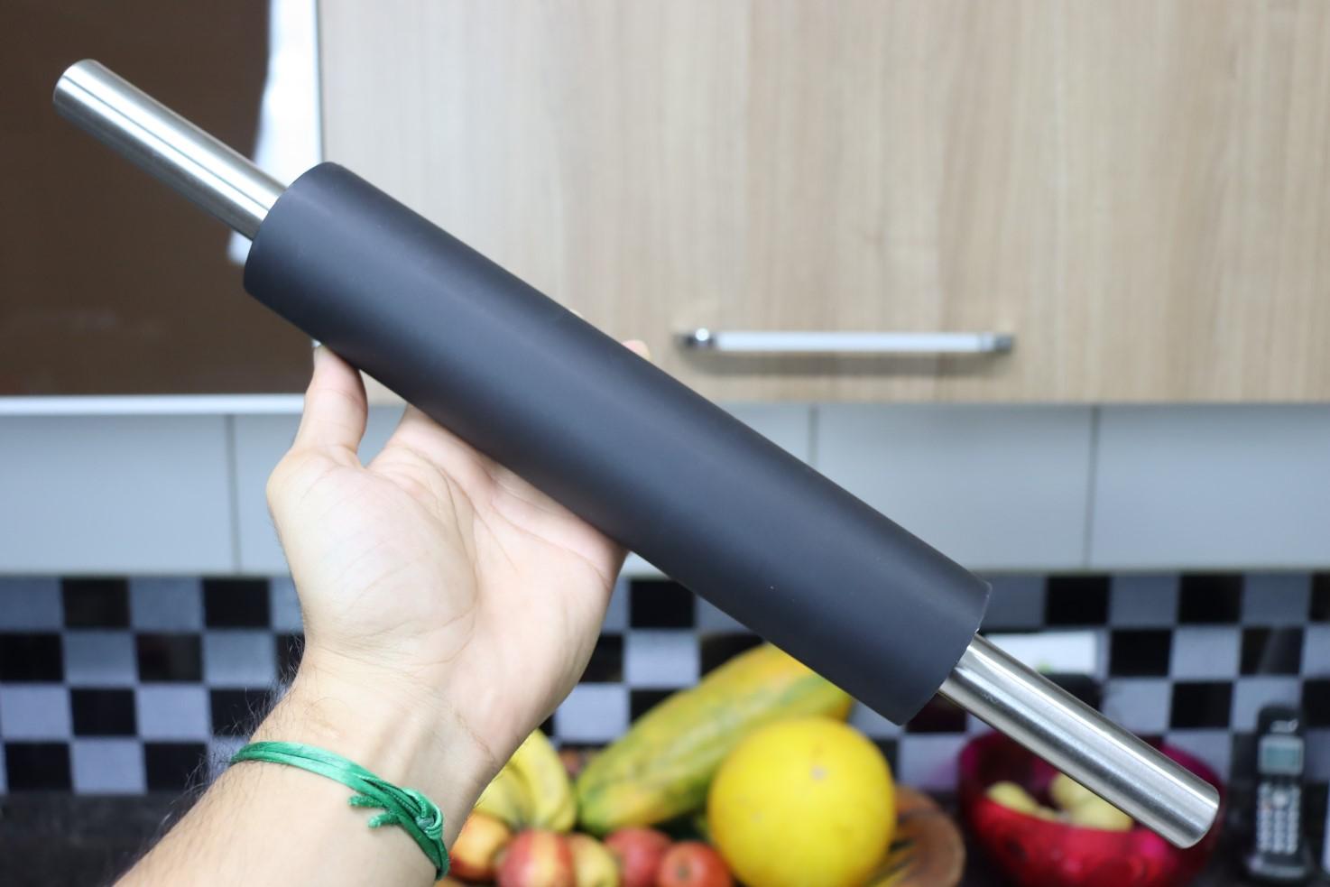 Rolo para abrir massas macarrão pão pizza silicone e Aço Inox antiaderente 45cm