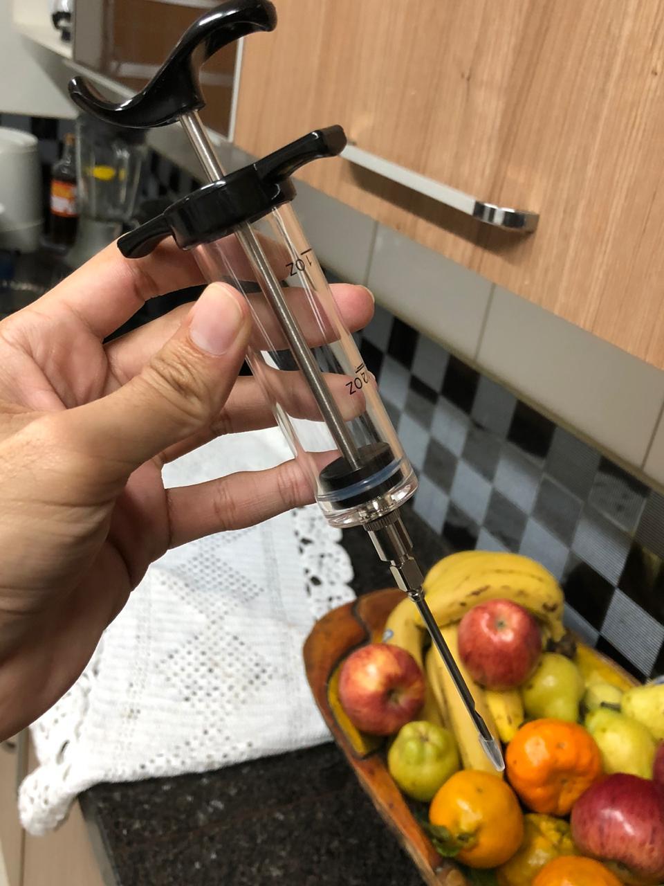 Seringa injetor de temperos aço inox e poliestireno 23cm