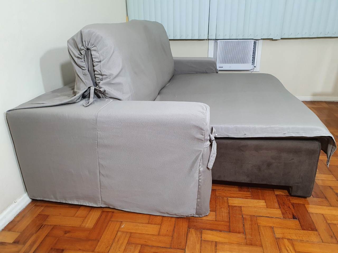 Capa p/ Sofá Retrátil e Reclinável em GORGURÃO CINZA - Veste Sofás de 1,50m até 1,95m