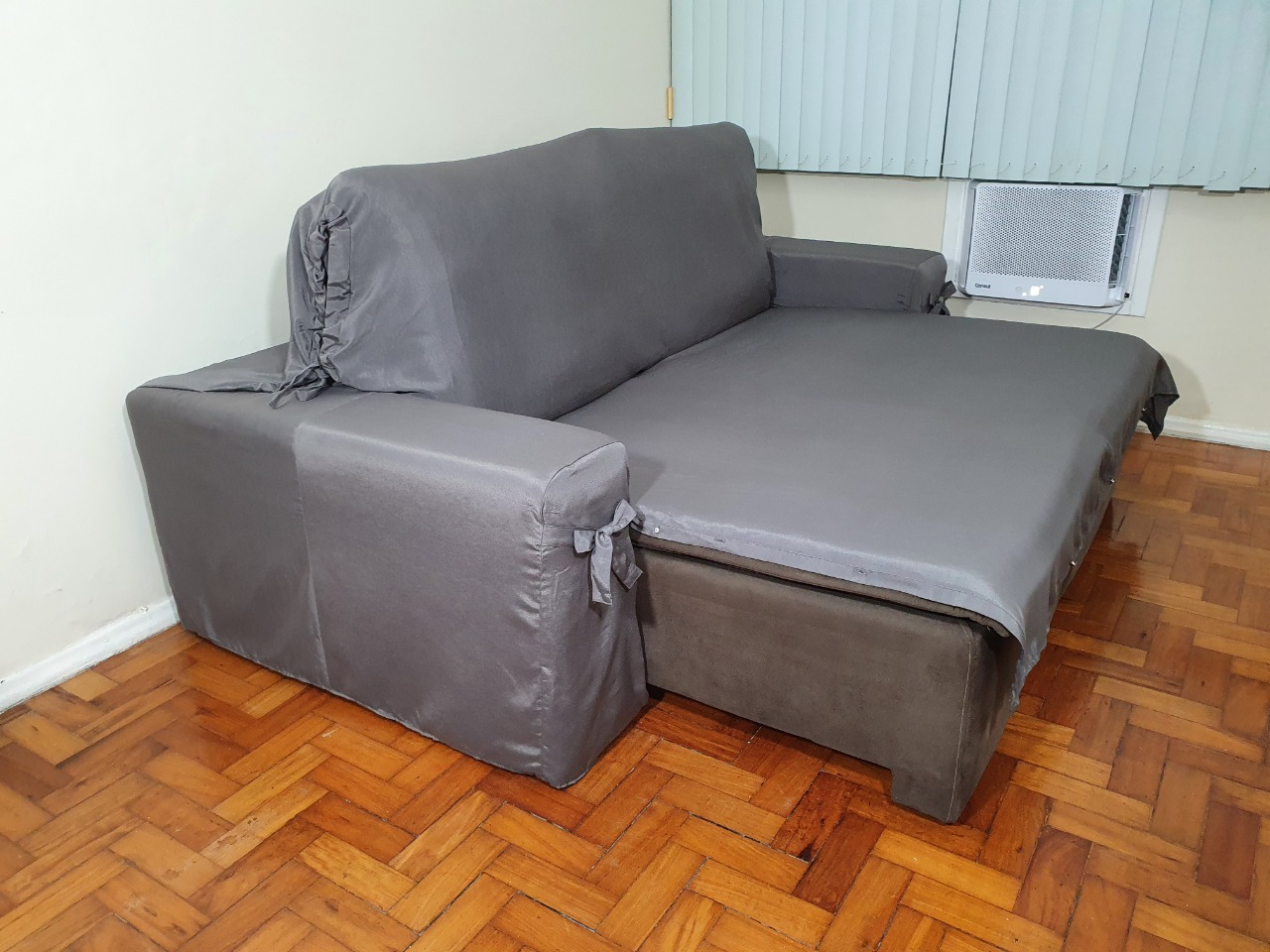 Capa p/ Sofá Retrátil e Reclinável em GORGURÃO GRAFITE - Veste Sofás de 2,96m até 3,25m