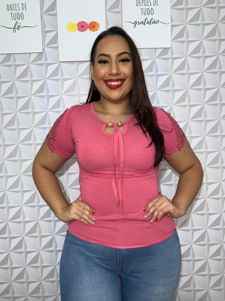 BLUSA FEMININA COM MISSANGA E MANGA COM RENDA