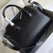 BOLSA GIVENCHY ANTIGONA LEATHER TOTE