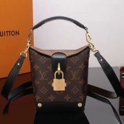 BOLSA LOUIS VUITTON BENTO BOX BB M43518