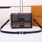 BOLSA LOUIS VUITTON DAUPHINE MM M44599