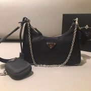 BOLSA PRADA RE-EDITION 2005 NYLON MULTI-POCHETTE 1BH204