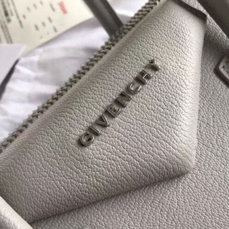 BOLSA GIVENCHY ANTIGONA GRAINED LEATHER TOTE