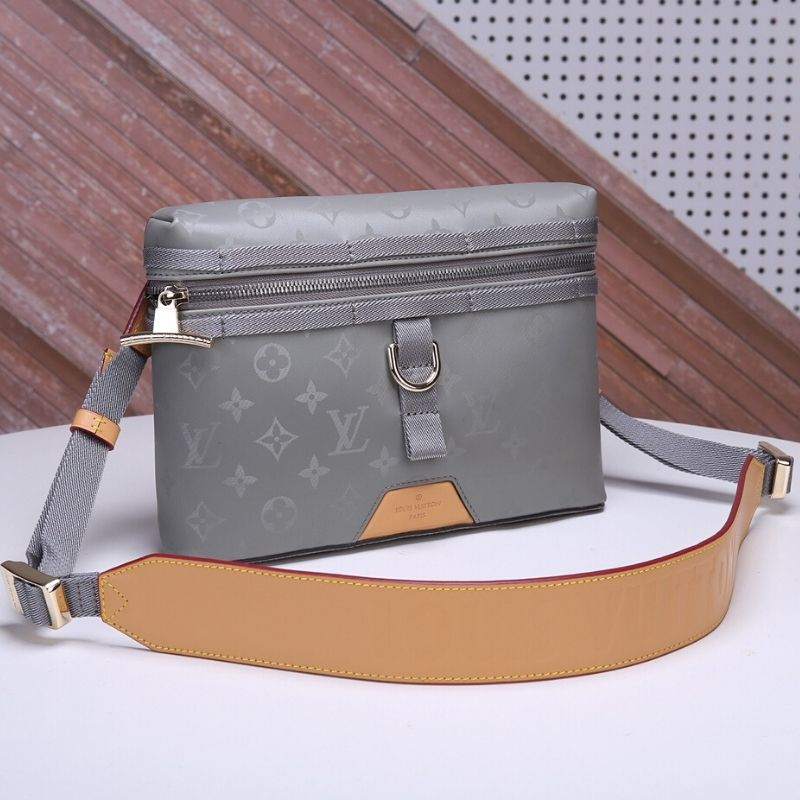 BOLSA LOUIS VUITTON MESSENGER MONOGRAM TITANIUM M43886