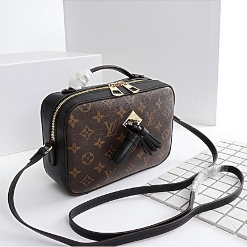 BOLSA LOUIS VUITTON SAINTONGE MONOGRAM