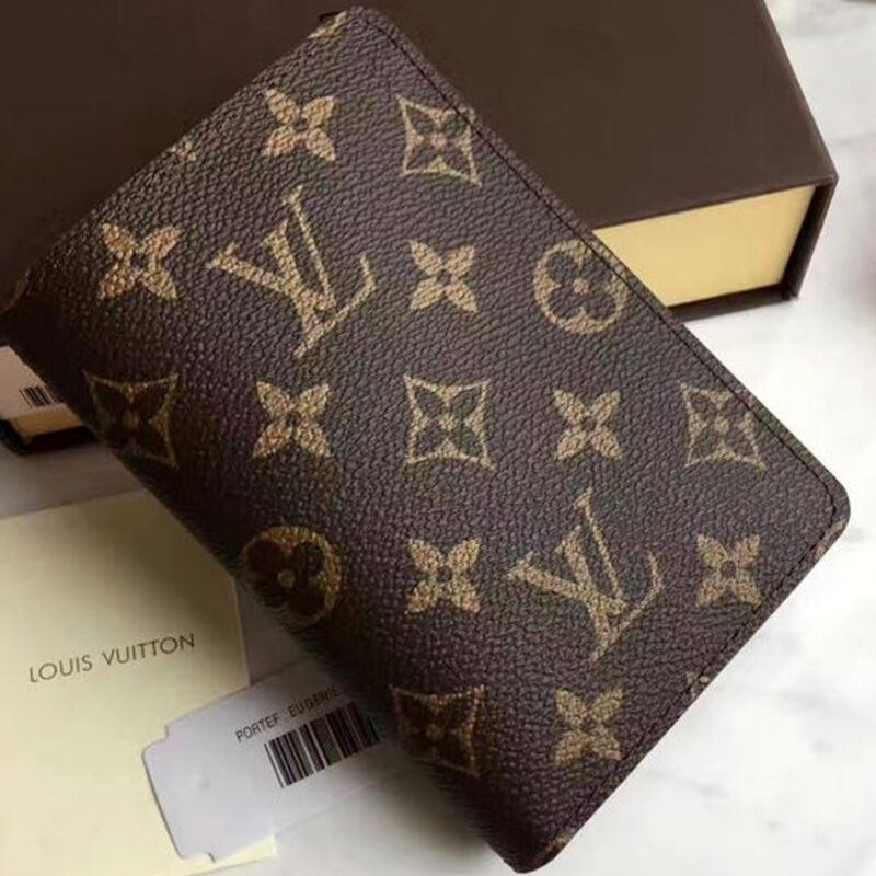 PORTA PASSAPORTE LOUIS VUITTON MONOGRAM CANVAS