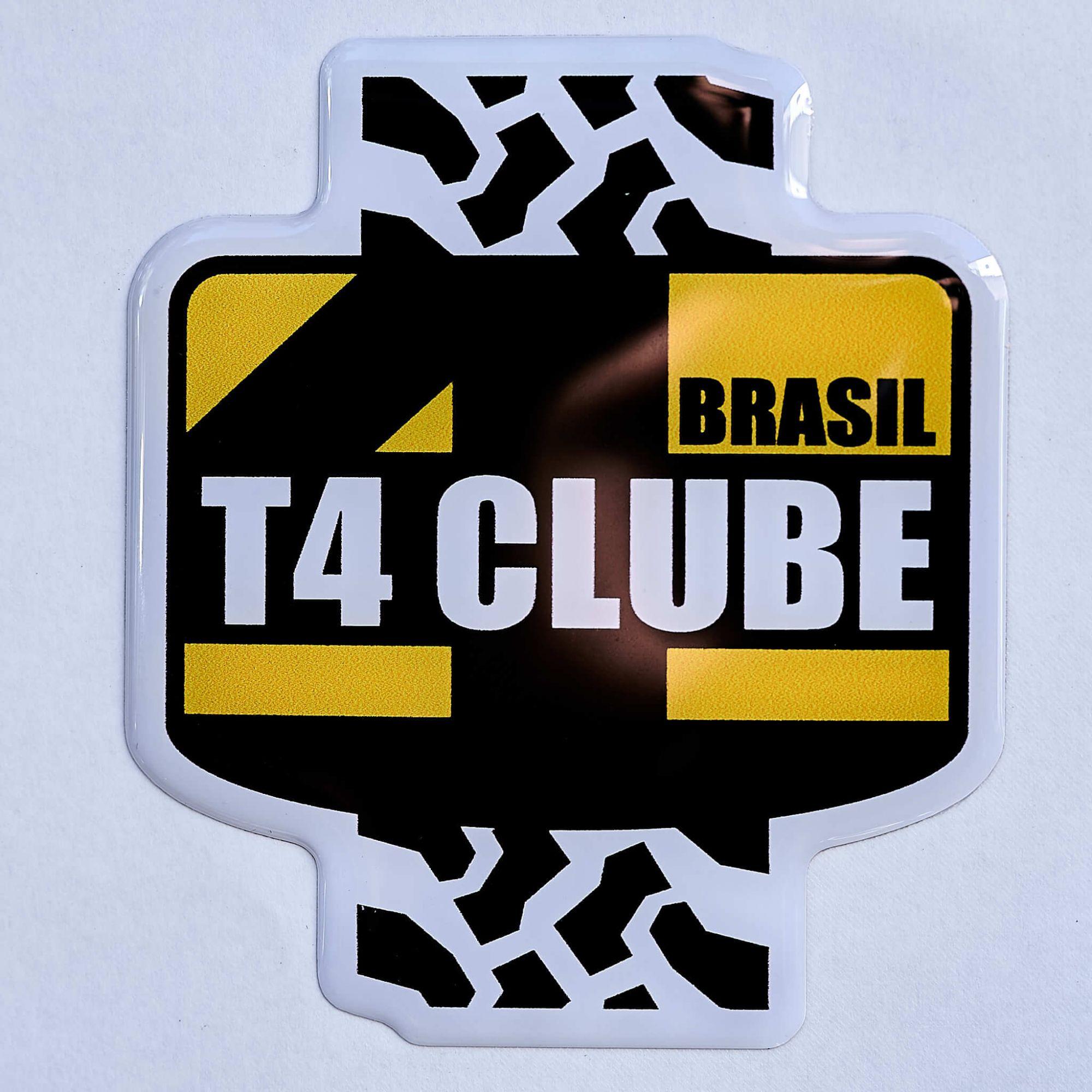 Adesivo Resinado T4 Clube Brasil | 7 x 8 cm