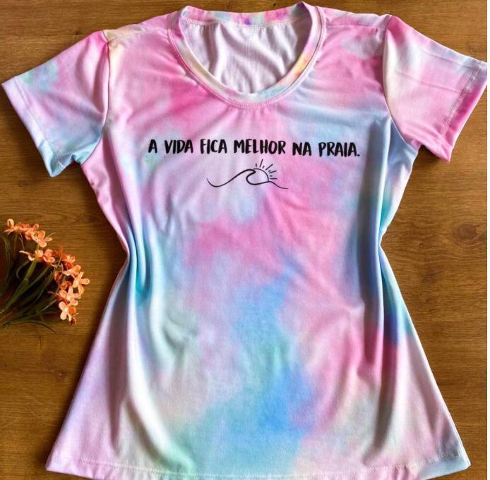 T-shirt Tie Dye - A Vida Fica Mehor Na Praia