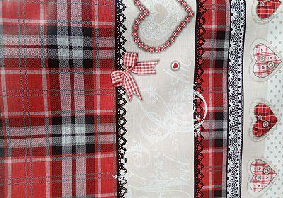 Toalha de mesa Térmica Florença coração vermelho .