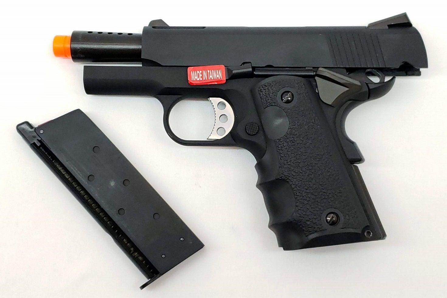 Pistola Airsoft Armorer Works 1911 NE1002