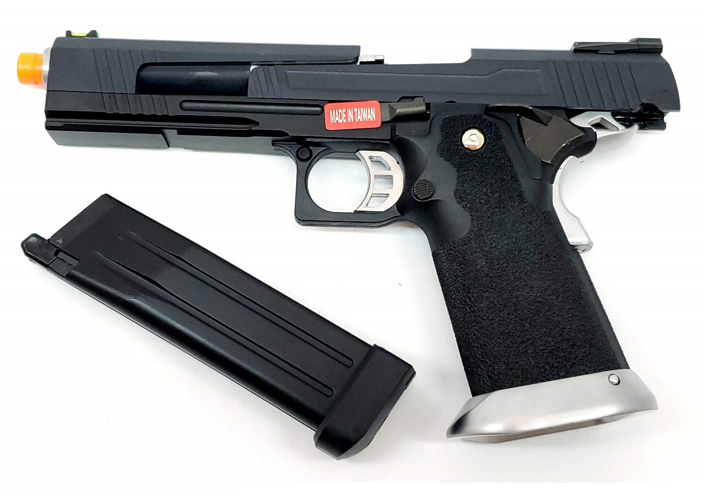 Pistola Airsoft Armorer Works Hicapa HX1002