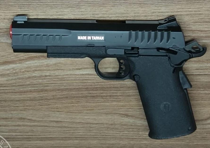 Pistola Airsoft KJW Hicapa Kp8