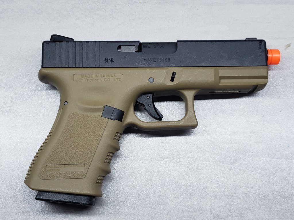 Pistola Airsoft WE Glock G23 G3 Tan