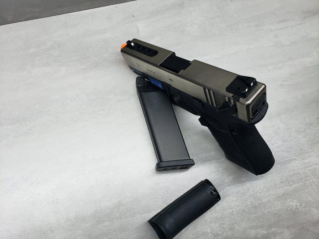 Pistola Airsoft WE Glock G23 G4 Silver